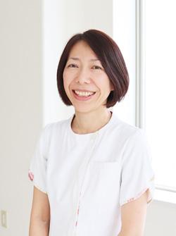 看護部長 田邉博子  常に進化する医療や看護の勉強をしながら、患者さまに心のこもった看護を行..